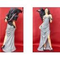 Statuette Femme Sexy en Robe Grise et Dragon Noir Figurine Fantasy