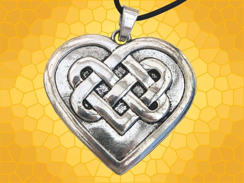 pendentif celte coeur symbole infini amour fid lit bijou collier celtique anticae. Black Bedroom Furniture Sets. Home Design Ideas