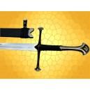 L'épée d'Aragorn nommée Anduril dans la saga du Seigneur des Anneaux Bilbo le Hobbit