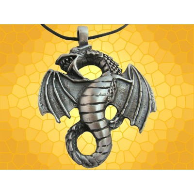 Pendentif Dragon Ailes Déployées Collier Fantasy Dragons Gothique