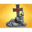 Statuette Magicien Couché Figurine en Étain Sorcier Croix Celtique et Livres